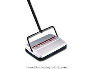 Mini Carpet Sweeper Vs Super Powered Vacuum Vs Dust Buster - Battle Royal dans Carpet Sweeper Electrostatic-Carpet-Sweeper-300x225